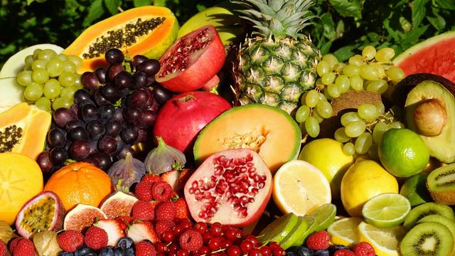 Melyik gyümölcsből ehet nyugodtan, aki fogyókúrázik vagy cukorbeteg?