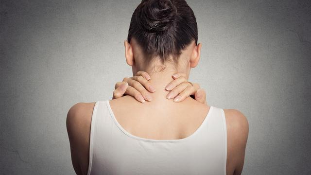 Örökké fáj a nyakad és a hátad, bármit is teszel? Gondoltál már a neuropátiára?
