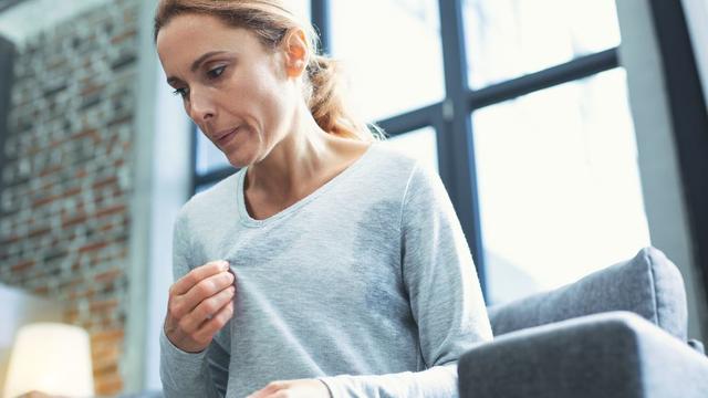 Mire utalhatnak a hőhullámok és az izzadás? – mert nemcsak menopauzára…