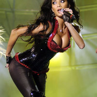 Hepi börzdéj Nicole Scherzinger!
