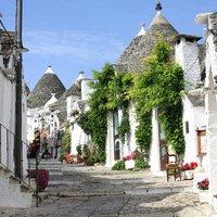 Sűrű, borzas tájakon - Bari és Alberobello