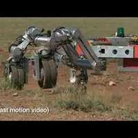 Robot holdbázis-építéshez