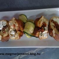 Recept: feta sajtal-paradicsomal toltott langos-golyo