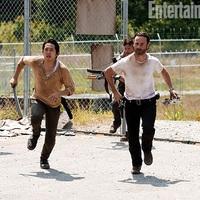 The Walking Dead - Lassan érkezik a 3. évad