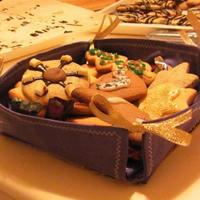 Kész: Sütis tál sütivel (1)