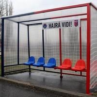 Újabb focikapus buszmegálló