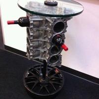 V8 palacktartó