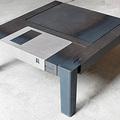Floppy asztal