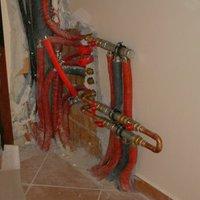 Hülye biztonsági őr kontra padlófűtés