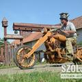 Fából motor