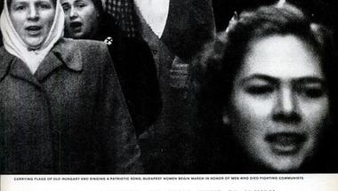 '56: Leszbikus piros kabátban
