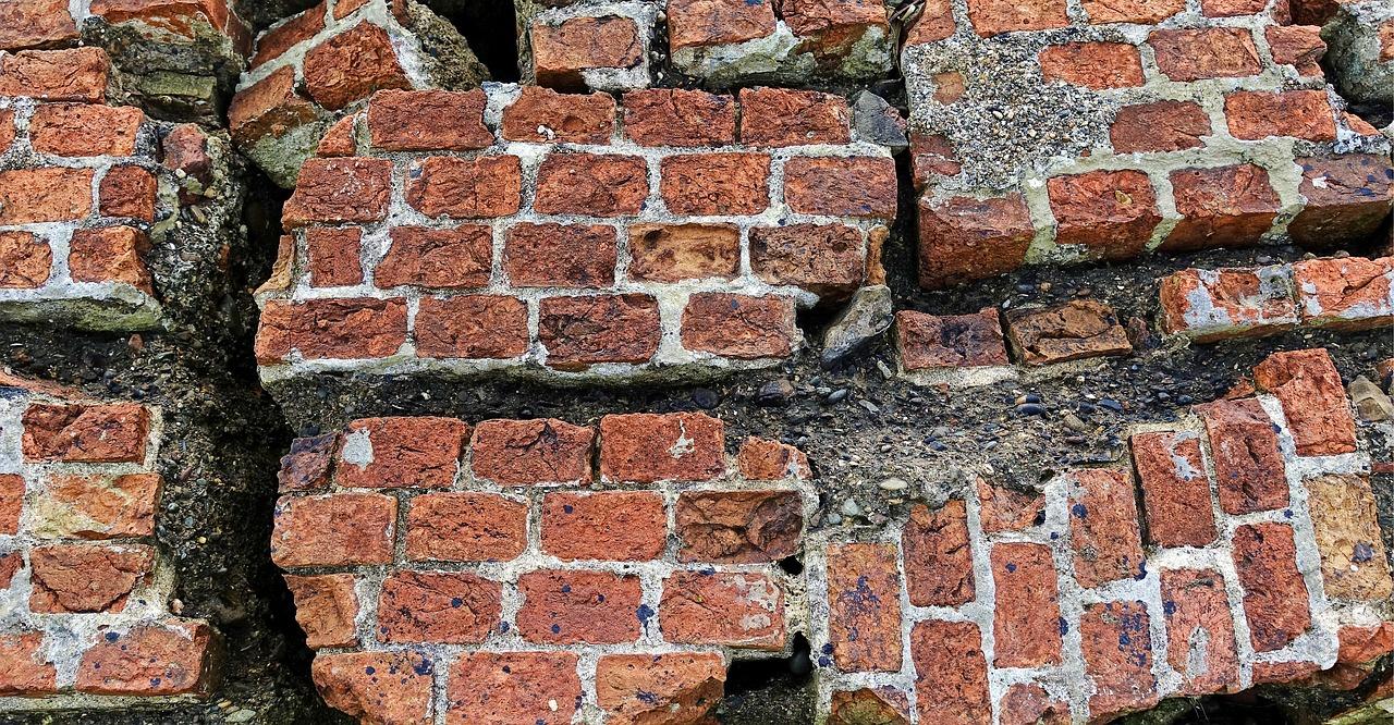 brick-2205882_1280.jpg