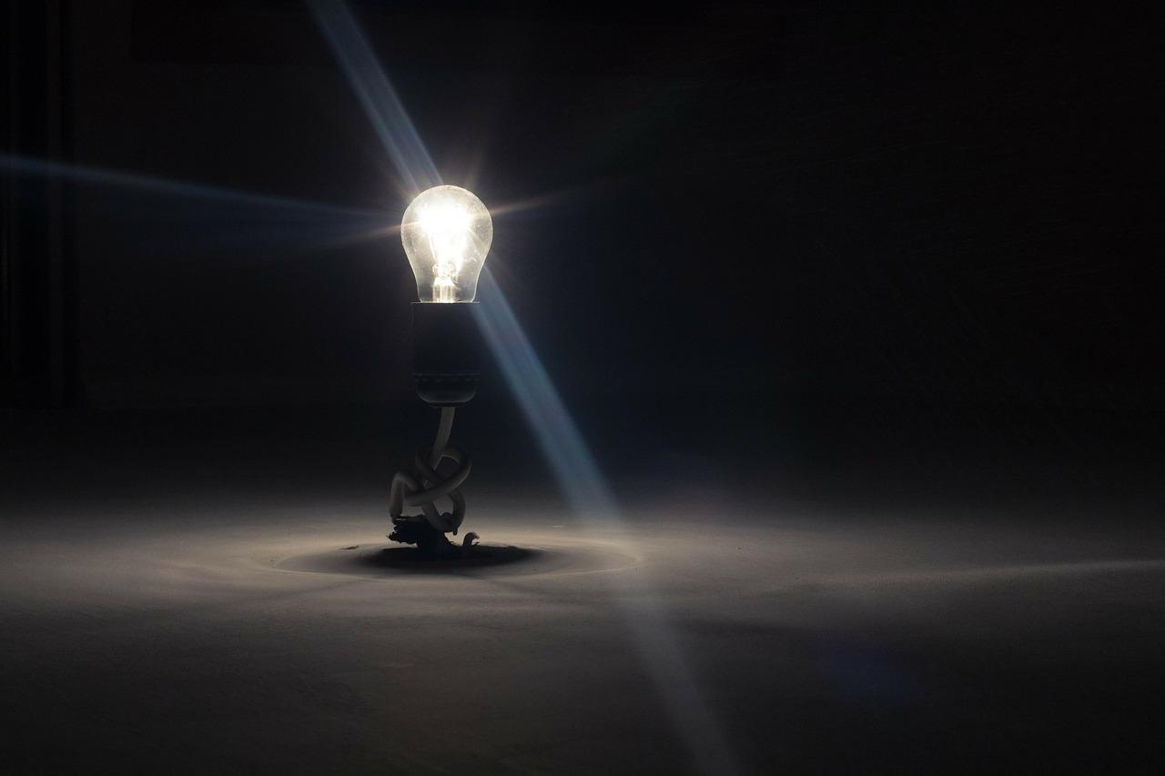 lightbulb-336193_1280.jpg