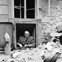 Üvegház, ahol menedéket találtak az üldözöttek és Carl Lutz, aki többedmagával mentette az üldözötteket