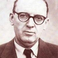 Bibó István halálának évfordulóján<br>Így emlékezünk róla az Emléklapján