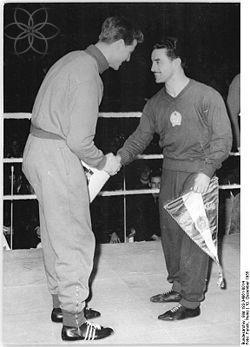 250px-Bundesarchiv_Bild_183-34861-0014,_Ullrich_Nitzschke,_Laszlo_Papp.jpg