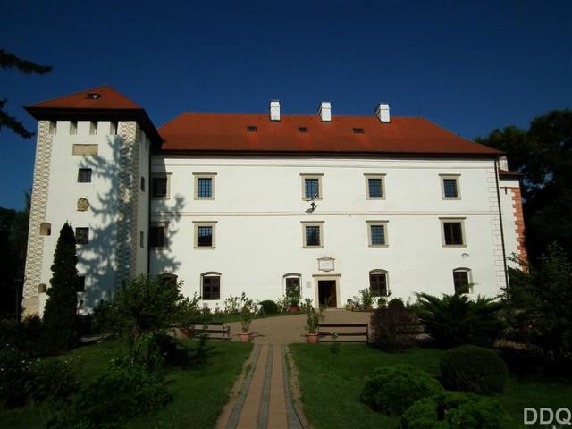 Ahol II. Rákóczi Ferenc is megfordult: Vaja csodás várkastélya