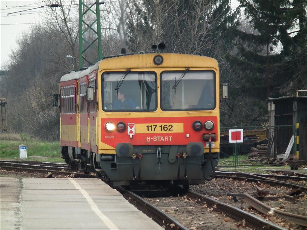 Ha jól emlékszem, Dunaújvárosba érkezik