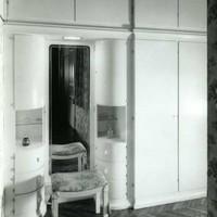 A beépített szekrény ruhája
