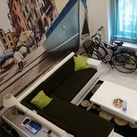 Menő budapesti lakások: egész Olaszország a nappaliban