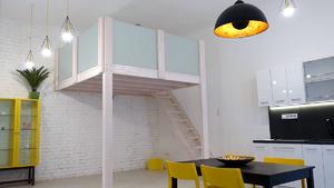 Menő budapesti lakások: fényárban úszik a menő földszinti lakás