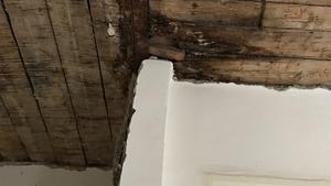 Mire figyelj nagyon, ha beázik a tető a lakásodban?