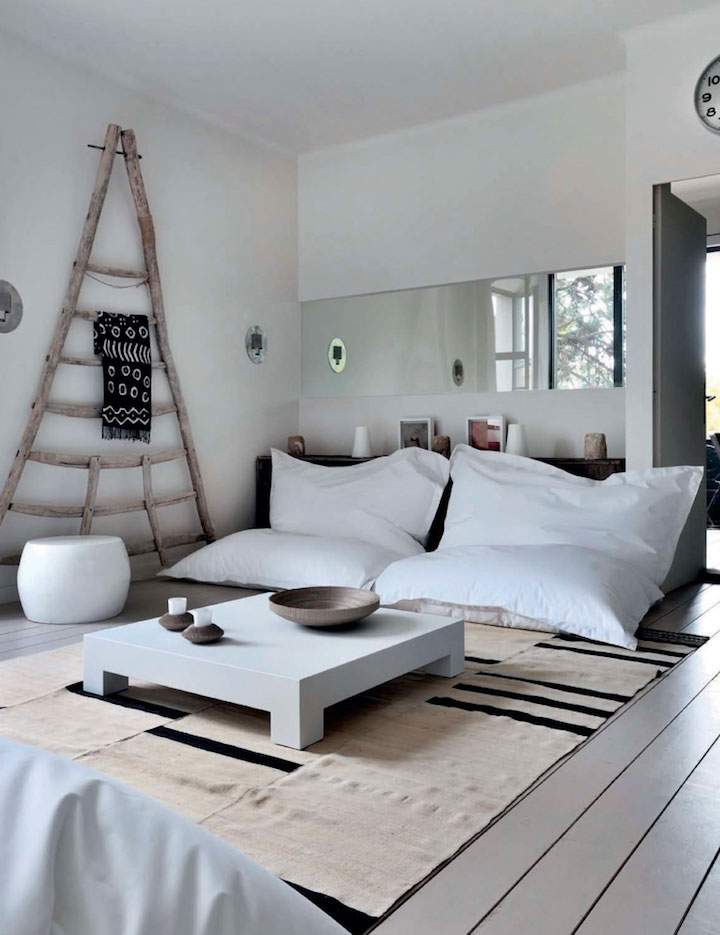 modern_6_traditional_casual_house_interiors.jpg