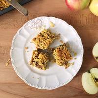 Gluténmentes reszelt almás sütemény