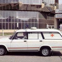 Mentőorvosi kocsik 30 éve, keleten