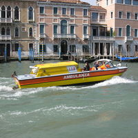 Idroambulanza - mentőhajó Velencében