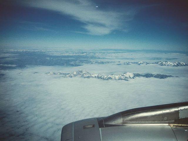 Új-Zéland felülről. New Zealand from above. #mertutaznijo #eupolisz #jetstar #flying #plane #clouds #mountains