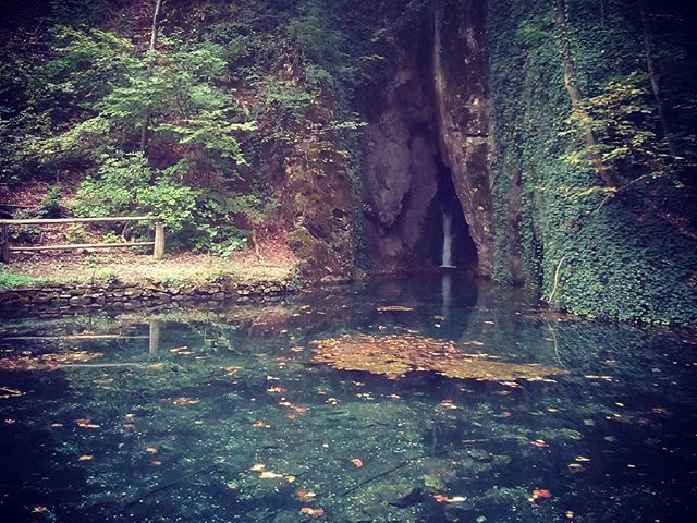 Szikla-forrás a kedvenc helyem a Szalajka-völgyben. #mertutaznijo #vízesés #szilvásvárad #bükk #utazás #fotó #nyugi