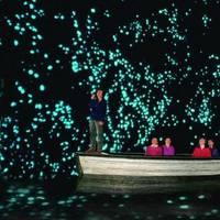 Waitomo-barlang - a fénylő sötétség