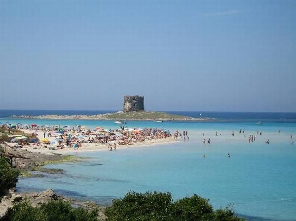 08la-pelosa-beach-sardinia.jpg