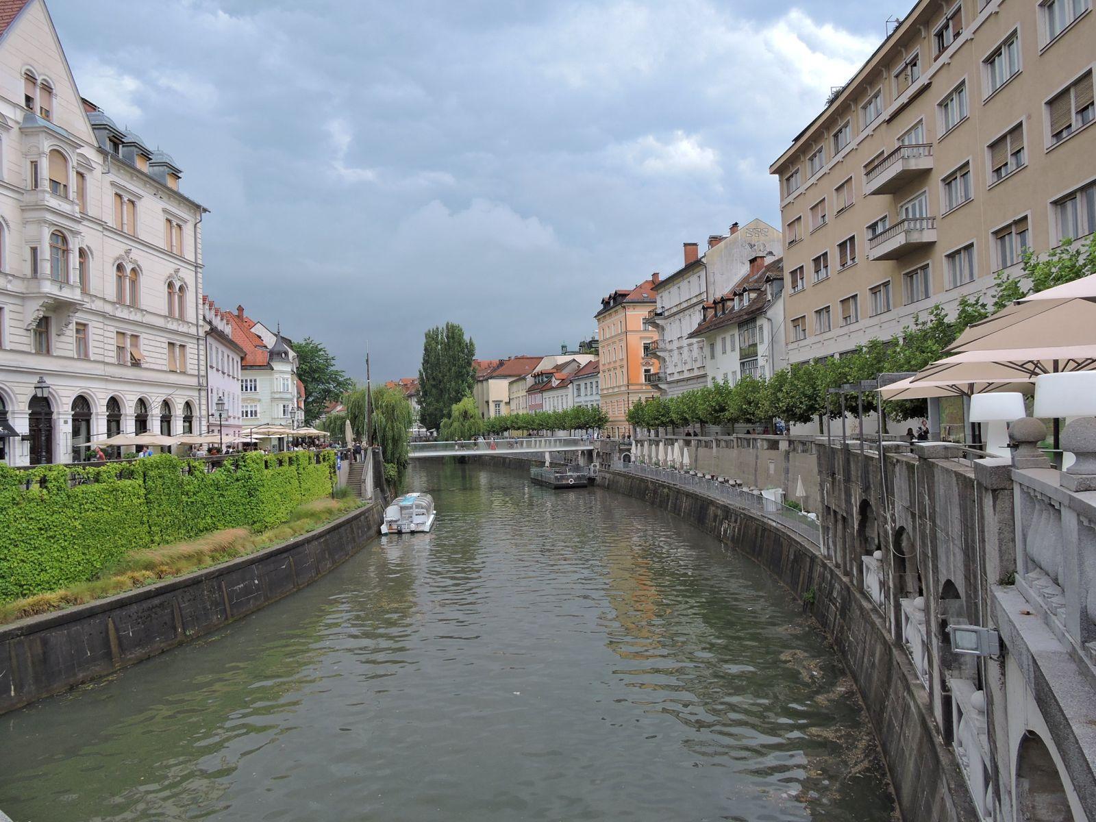 4_ljubljana_canal.JPG