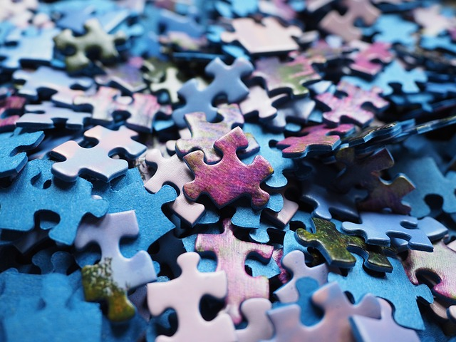 pieces-of-the-puzzle-592779_640.jpg