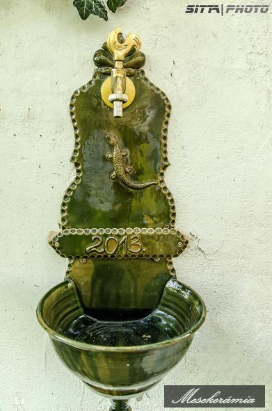 keramia_falikut_gyikkal_zold_dudas_emese_keramikus_jav_v.jpg