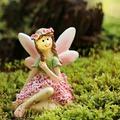 Rózsa, a szárnyak nélkül született kis tündér