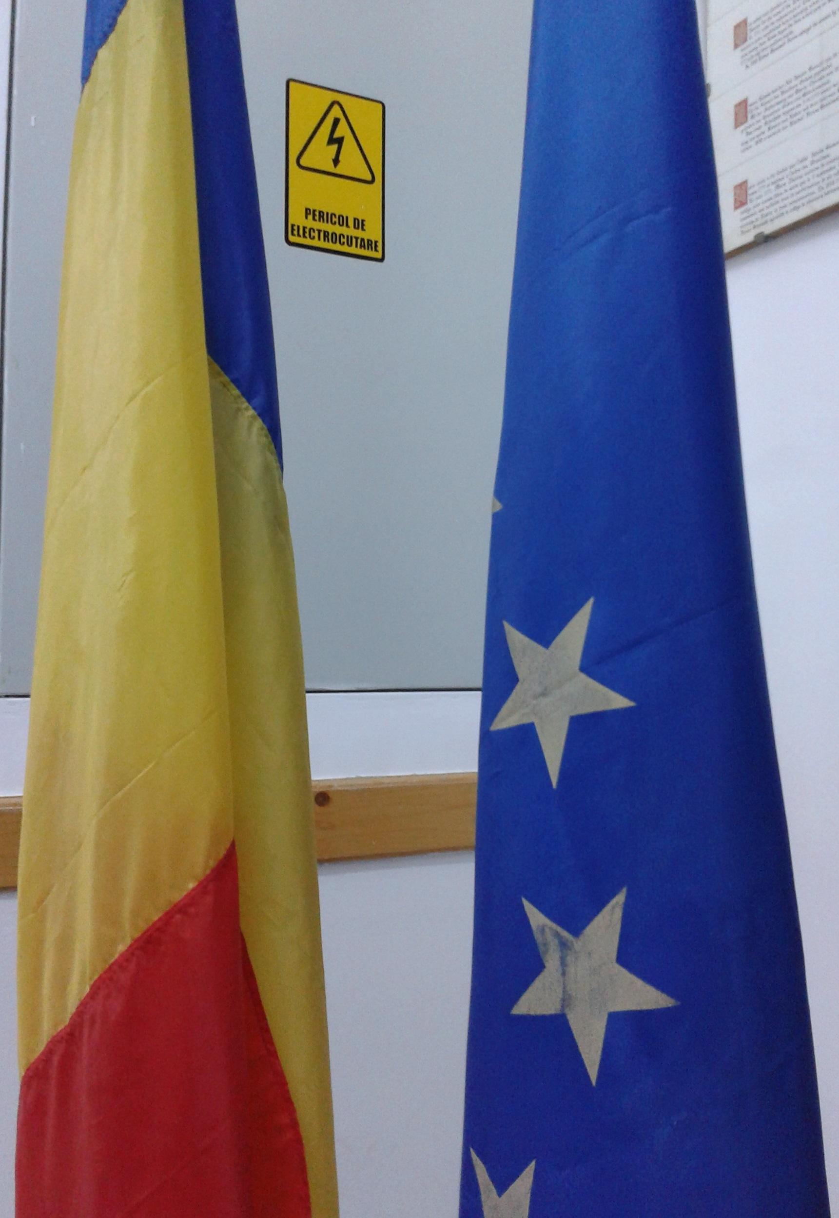 'Áramütés-veszély' - igen, és minden zászló kiveri a biztosítékot is valamilyen csoportnál.