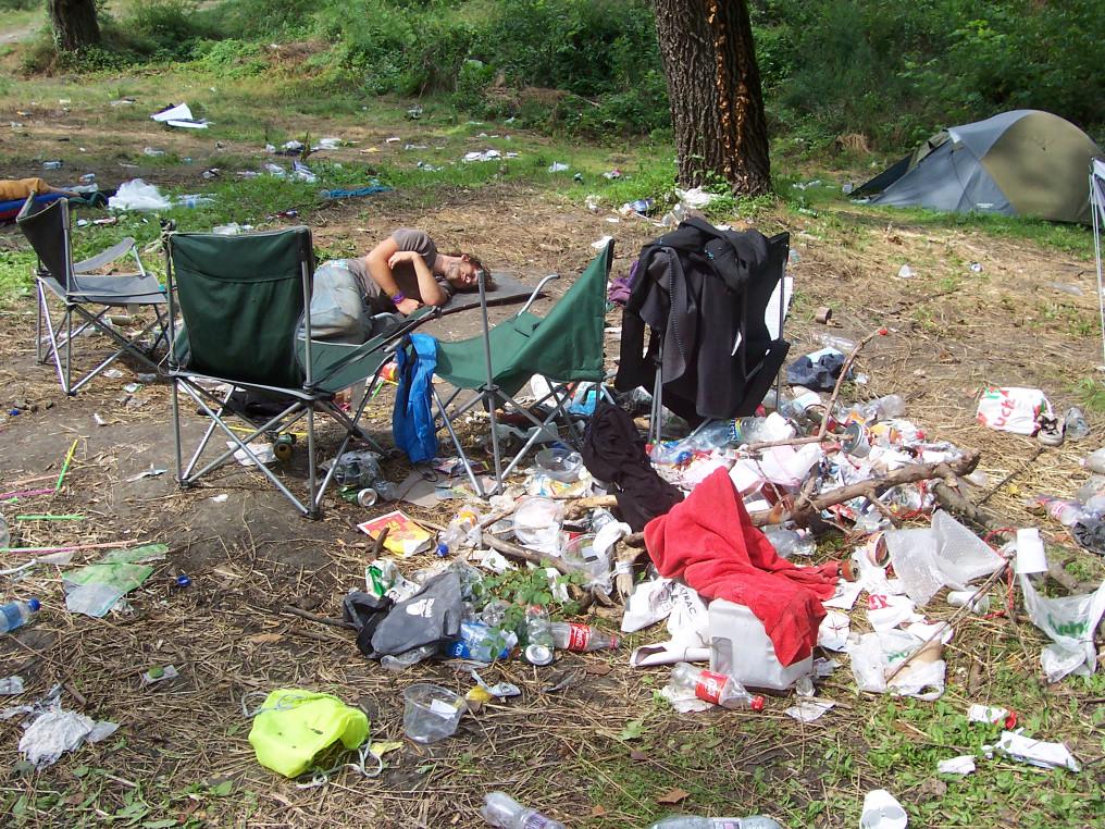 A Sziget végén, már a kiköltözés napján pihenő vendég
