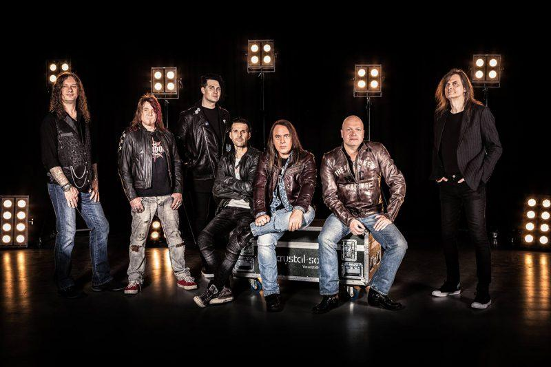 helloween-reunion-pumpkins-united-promo-2017-800x533.jpg