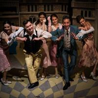 """Karinthy Színház – """"az élet nem a szerelemről szól"""" – XIV. René - premier – 2017.11.10."""