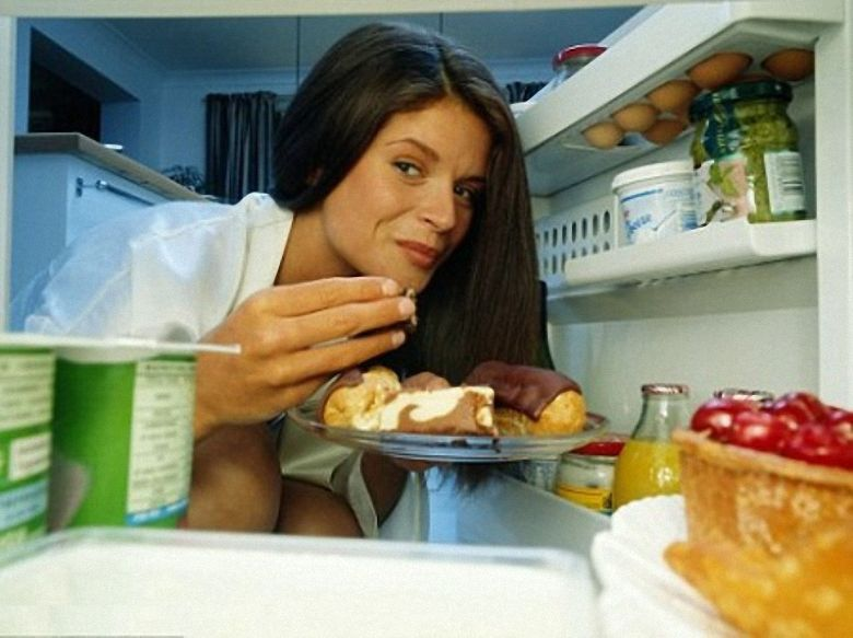 Miért lesz hidegebb az étel a hűtőben