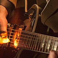 Világító pengető gitárosoknak