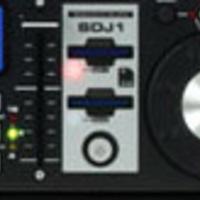 DJ-zni SD-kártyáról