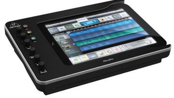 Végre szállítja a Behringer az iPad-dokkolóját