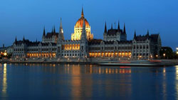 parlament_250.jpg