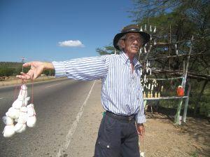 693452_vendedor_de_quesos_de_cabra__2.jpg