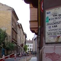 573. Kisdiófa utcai abszurd 1.