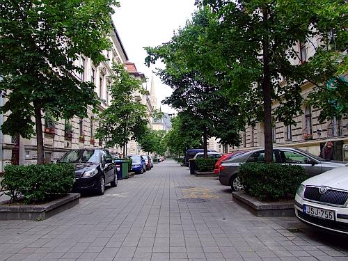 huszar_utca.jpg